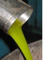 Olijfolie van groene olijven