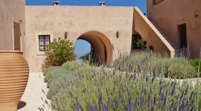 Het guesthouse - binnenplaats (2)