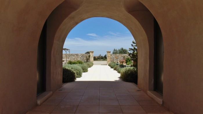Het guesthouse - poort
