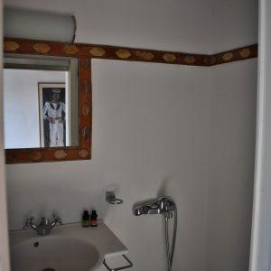 Bathroom studio first floor