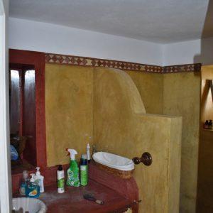 Bathroom livingroom first floor