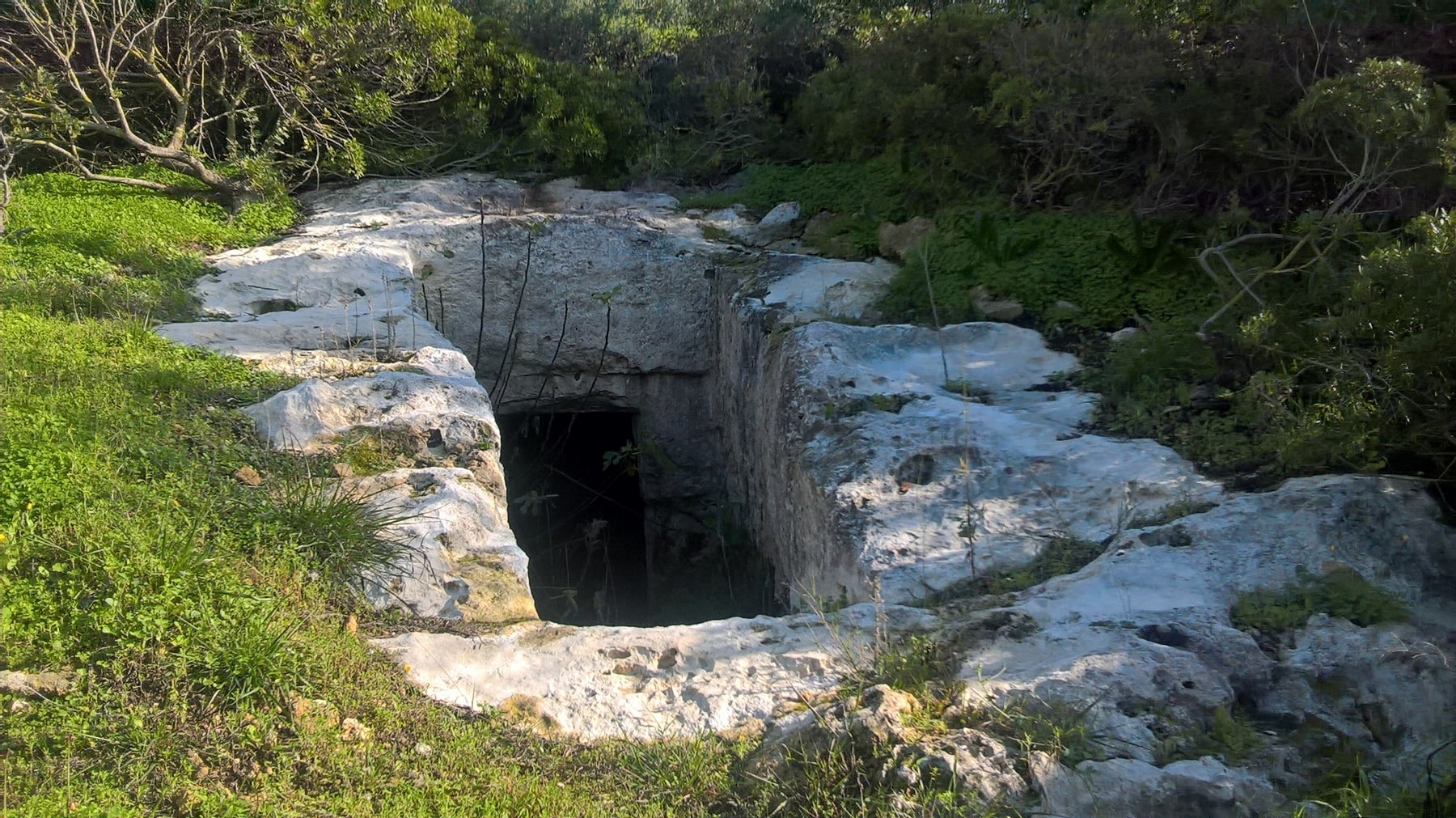 Caves-Palaiopolis-1800x1011-min.jpg