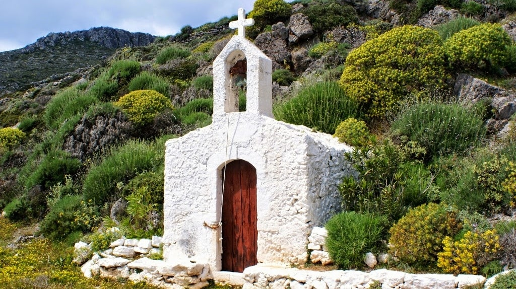 Churches-of-Kythera-3-min.jpg
