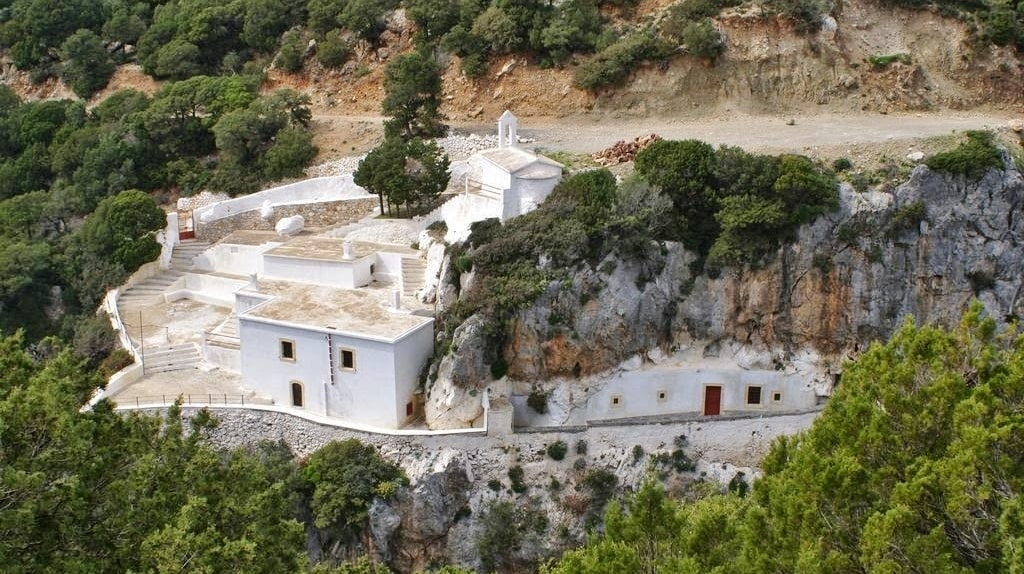 Churches-of-Kythera-5-min.jpg